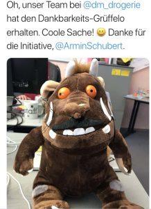 Dankbarkeit-Grüffelo auf seiner Reise durch das Unternehmen. Twitterfoto.
